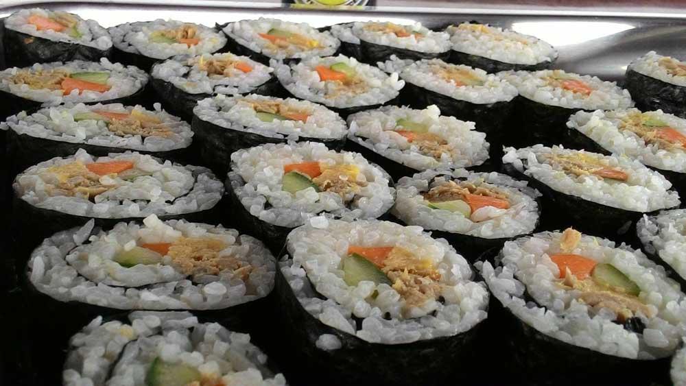 Sushi snack préparé par nos deux fabuleux chef et sous chef
