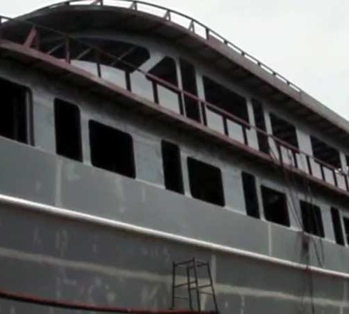 Exterior of MV Hallelujah Liveabaord