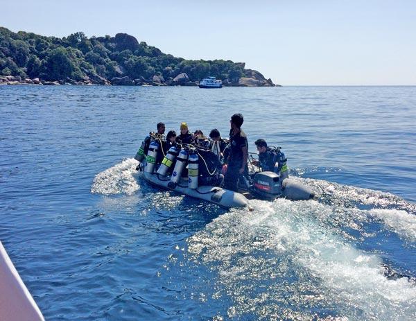 Taking the dinghy to Three Trees on Similan Island 9