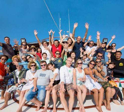 Similan Liveaboard Group Photo on The MV Hallelujah