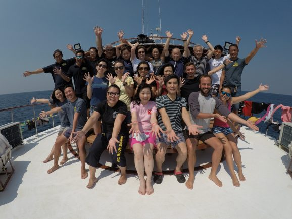 Similan liveaboard group photo