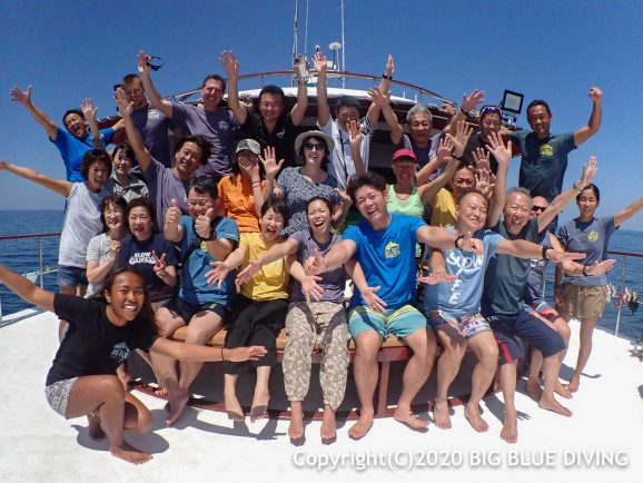 Similan liveaboard group photo trip 24